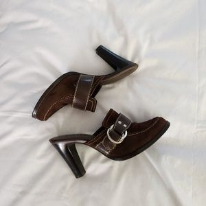 2ea60c0f080e axcess by Liz Claiborne Brown Heeled Mules Size 6